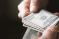 Двоих губкинских полицейских задержали за взятку 150 тысяч рублей