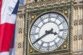 В Британии изучают дела проживающих в стране 140 богатых людей, большинство из которых россияне