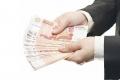 ЦБ: в финансовых организациях падают оклады